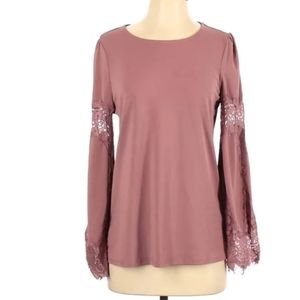 Pink bell sleeve lace top. Size L. Adrianna Papell